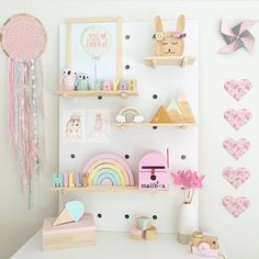 Peg board perfection by the very clever setting our mountain heart set on pastel pink, mint and gold. Big Girl Bedrooms, Little Girl Rooms, Girls Bedroom, Pastel Bedroom, Pastel Nursery, Mint Girls Room, Rainbow Bedroom, Girl Bedroom Designs, Bedroom Ideas