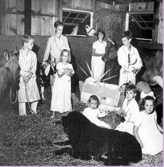 "thekennedyclan: "" 1964 Christmas card from the RFK family "" Ethel Kennedy, Robert Kennedy, Michael Lemoyne Kennedy, Christopher George, Familia Kennedy, Hickory Hills, Jfk Jr, Bobby, Actors"