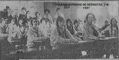 Fotografías de la directora y alumnas del  Colegio Superior de Señoritas, setiembre 1927. Clase de Literatura x Justo Facio. Fuente Diario de Costa Rica. SINABI