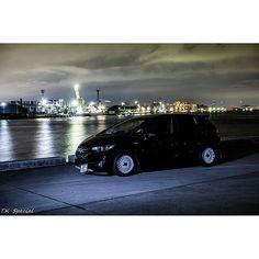 Instagram【t.kspecialphoto】さんの写真をピンしています。 《やっぱり 2灯で前後から フラッシュ当てた方がいい( ;´Д`) んと 難しいな〜  だが 楽しい(笑)  #ライティング #ストロボ #夜景 #愛車 #夜撮り #honda #hondafit  #hondajazz  #gk #gp #写真好き  #写真好きな人と繋がりたい  #写真撮ってる人と繋がりたい  #ファインダー越しの私の世界  #まだまだ初心者》