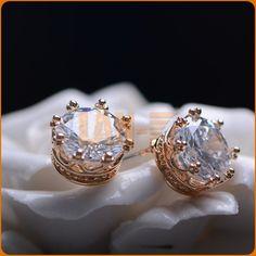 8mm*8mm Nice Fashion Korean Jewelry Classic Vintage Gold Crown Super Glisten Zircon Ear Stud Earrings Women Party Gift FG2013031