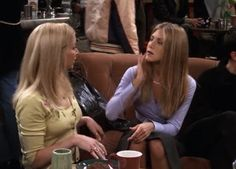 Every Outfit Rachel Ever Wore On 'Friends', Ranked From Best To Worst: Season 6