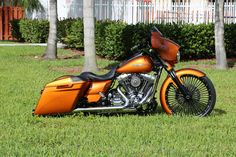 ... 2014 Street Glide   by SideWalk Custom