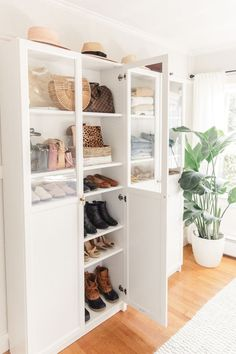 Ikea Billy Closet: Walk in closet, dressing room Dressing Ikea, Dressing Rooms, Ikea Billy Hack, Rangement Makeup, Ikea Billy Bookcase, Types Of Cabinets, Farmhouse Side Table, Home Upgrades, Closet Bedroom