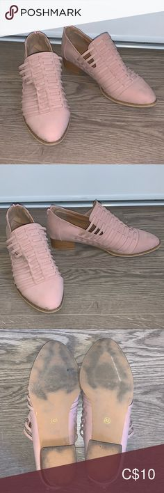 Zipper in the back. Worn once, they are far too large for me Shoes Flats & Loafers Leather Loafers, Block Heels, Loafer Flats, Pink Ladies, Oxford Shoes, Dress Shoes, Zipper, Closet, Things To Sell