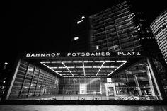 Eingang zum Bahnhof Potsdamer Platz (CC BY-NC-ND)
