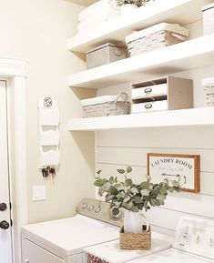 Small and Functional Laundry Room Ideas (14)