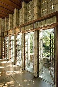 frank lloyd wright millard house concrete block interior living