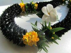 Black Ribbon with Yellow Ribbon Lei