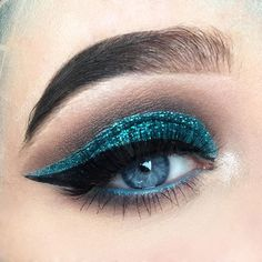 WEBSTA @amythedutchess Mermaid •  Products used:  BROWS  @nyxcosmetics / @nyxcosmeticsnl micro brow pencil and Frame