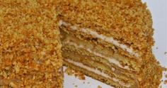 Medovik: amazing sweet from Russia … – Pastry World Czech Desserts, Greek Desserts, Honey Recipes, Greek Recipes, How To Make Cake, Food To Make, Low Calorie Cake, Food Network Recipes, Cooking Recipes