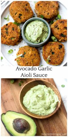 Just in time for burger season youll love Avocado Garlic Aioli Sauce Recipe made with garlic avocados and Veganaise. Garnish with red pepper flakes! Garlic Aoli Recipe, Garlic Aioli, Avocado Recipes, Avocado Aoli, Veganaise Recipe, Aoli Sauce Recipe, Avacado Sauce, Avocado Burger, Sauces