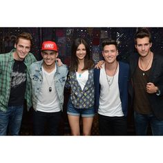 Big Time Rush Victoria Justice Talk 'Summer Break' Tour ❤ liked on Polyvore featuring big time rush and btr