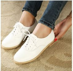 2015 Spring Women's Classic Pu Leather White Oxford Shoes, Ladies vintage Italian Flat Shoes.