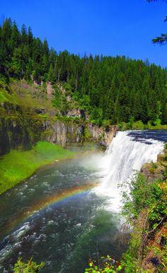 Mesa Falls, Idaho. Full article here: http://www.mappingmegan.com/mesa-falls-photos/