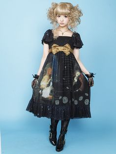 Juliette et Justine: Die Sterntaler / Star money.  One of my favourite dresses and so in my wanted list.