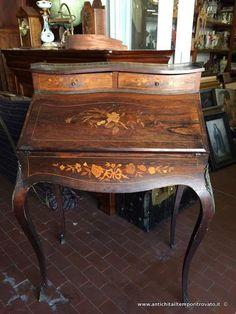 Mobili antichi scrivanie e scrittoi scrivania da signora for Specchio antico piccolo