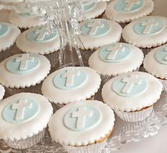 Has to be the most beautiful Holy Communion Dessert Buffet ever. Mathildas Markets - Busy Little Bigs! Christening Cupcakes, Baptism Cookies, Boys First Communion, First Communion Cakes, Baby Boy Baptism, Baptism Party, Baptism Ideas, Baby Dedication, Party Planning