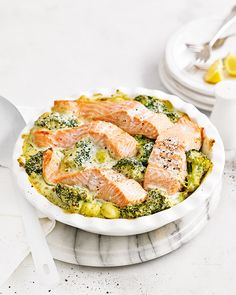 Everyone loves a one-pan dish and you certainly won't go wrong with this creamy gnocchi dish topped with fresh pesto and Organic salmon fillets. An easy, midweek meal ready in 30 mins! Shellfish Recipes, Seafood Recipes, Cooking Recipes, Pasta Recipes, Dinner Recipes, Salmon Dishes, Fish Dishes, Vegetarian Gnocchi Recipes, Organic Salmon