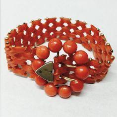 """Victorian antico dorato braccialetto di corallo rosso salmone scuro Mediterraneo 7 1/8"""""""