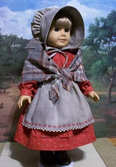 A perfect outfit for Fall, this ensemble consists of a bonnet, woven wool shawl, apron and prairie dress. Sewing Doll Clothes, Girl Doll Clothes, Doll Clothes Patterns, Girl Dolls, Doll Patterns, Ag Dolls, American Girl Crafts, American Doll Clothes, American Girls