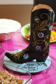 Cowgirl cakes that look like boots | awesome cake | Cool cakes(ideas and inspiration)