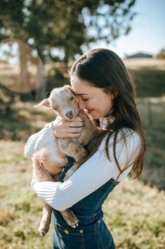 by Julia Trotti Photography, Kristina and baby goat Ollie Farm Photography, Animal Photography, Portrait Photography, Farm Animals, Cute Animals, Farm Lifestyle, Pose Reference Photo, Girl Photo Shoots, Baby Goats