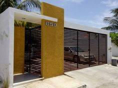 Our Top 10 Modern house designs – Modern Home Front Gate Design, House Gate Design, Door Gate Design, Gate House, House Front Design, Entrance Design, House Entrance, Facade House, Modern Fence Design