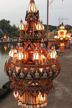 Krathong exhibition in Sukkhotai, Thailand--Photo by Bertrand Linet