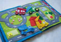 Развивающие книжки и игрушки из фетра Toy Town's photos