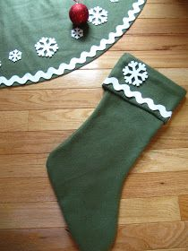 Sew Many Ways...: Tool Time Tuesday...No Sew Tree Skirt for $2.50 After Christmas Sales, Family Christmas, Christmas Holidays, Christmas Crafts, Christmas Ornaments, Christmas Ideas, Diy Christmas Tree Skirt, Christmas Tree Decorations, Christmas Stockings