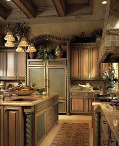 Tuscan design – Mediterranean Home Decor Country Kitchen, New Kitchen, Kitchen Dining, Kitchen Cabinets, Kitchen Vent, Dining Rooms, Kitchen Ideas, Tuscan Design, Tuscan Style