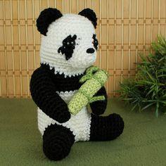 isn't he just cute??!!  < giant panda amigurumi crochet pattern by planetjune