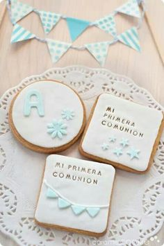 Galletas comunion Fondant Cookies, Cookie Icing, Baby Cookies, Cute Cookies, Cupcake Cookies, Sugar Cookies, Sweet Cookies, Cupcakes, First Communion Party