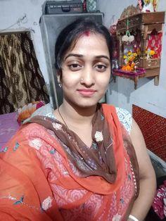 10 Most Beautiful Women, Beautiful Girl In India, Beautiful Roses, India Beauty, Girl Face, Girl Pictures, Beauty Women, My Girl, Desi
