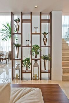 39 Mid Century Modern Living Room Ideas – Seating and Furniture Groups Living Room Partition Design, Living Room Divider, Room Partition Designs, Living Room Decor, Home Living Room, Partition Ideas, Room Divider Shelves, Wood Partition, Wall Dividers