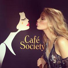 Blake Lively à la conférence de presse de Café Society de Woody Allen http://www.vogue.fr/mode/inspirations/diaporama/cannes-2016-le-festival-de-cannes-sur-instagram/33850#blake-lively-a-la-conference-de-presse-de-cafe-society-de-woody-allen