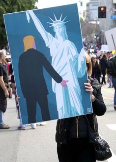 """Der Mann, der Miss Liberty begrabschte: Diese Demonstrantin auf dem """"Women's..."""