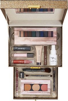 The Brilliantly Beautiful Color Essentials Collection is an Ulta Beauty Collection Exclusive! This bronze kit offers all takeaway items with limited edition eyeshadow and cheek palettes.