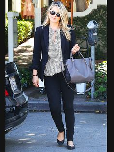 Star Tracks: Monday, March 16, 2015   BLACK ON BLACK   Out just seven weeks after baby, Ali Larter stuns in dark jeans and a black blazer during a Thursday errand run in Beverly Hills.