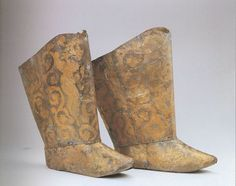 Liao Dynasty. Pair of boots. From the tomb of the Princess of Chen and Xiao Shaoju. Research Institute of Cultural Relics and Archaeology of Inner Mongolia.
