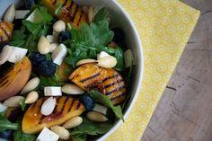 Yndlingssommersalat - Grillet fersken salat opskrift - Grilled peach salad recipe