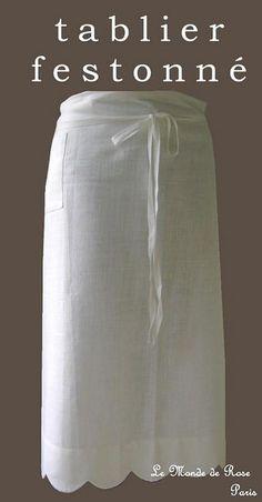 Pretty scallops on this linen apron