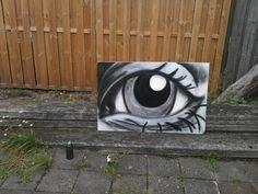 My first eye made with spraycans [Hailong Li]