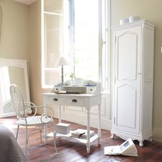 deco oficina on pinterest interior paint palettes desks and offices. Black Bedroom Furniture Sets. Home Design Ideas