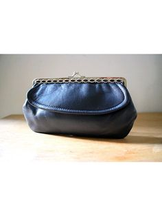 1960 french navy leather MONEY PURSE kiss lock by lesclodettes