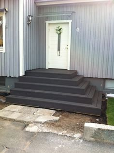 House Exterior, House Paint Exterior, Front Door Steps, Front Patio, Deck Design, Side Yard, Backyard Landscaping Designs, Home Additions, Front Steps
