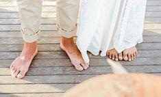 Casamento intimista com cenário deslumbrante na praia num final de tarde cheio de emoção na Bahia – Rebeca