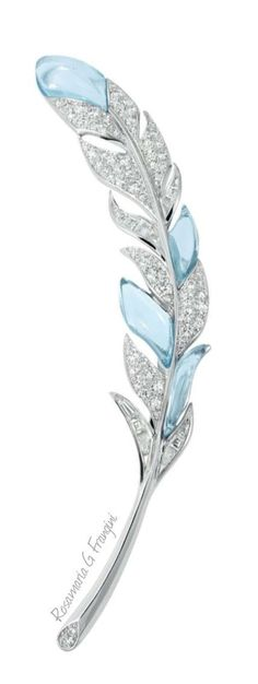 RosamariaGFrangini | HighJewellery Classic | TJS | Aquamarine and Diamond Leaf #brooch #DiamondBrooches
