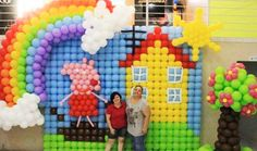 HAPPY SCENE This happy scene #MadeWithBalloons™ was shared by Aninha Faria Figadoli along with Adriana Sedlak. Square grid balloon frames provide the basic building blocks for the scene. #GRIDZ users can take away some good ideas. It also includes a pig and the sun made with balloons and flexible, honeycomb grid frames like Rouse Matrix Systems™ (RMS™) REAL (Rouse-Expand-And-Load™) balloon frames. ----- Learn tools and skills to BUILDYOUR OWN #balloonart, VISIT http://JustRouseIt.com/RED .